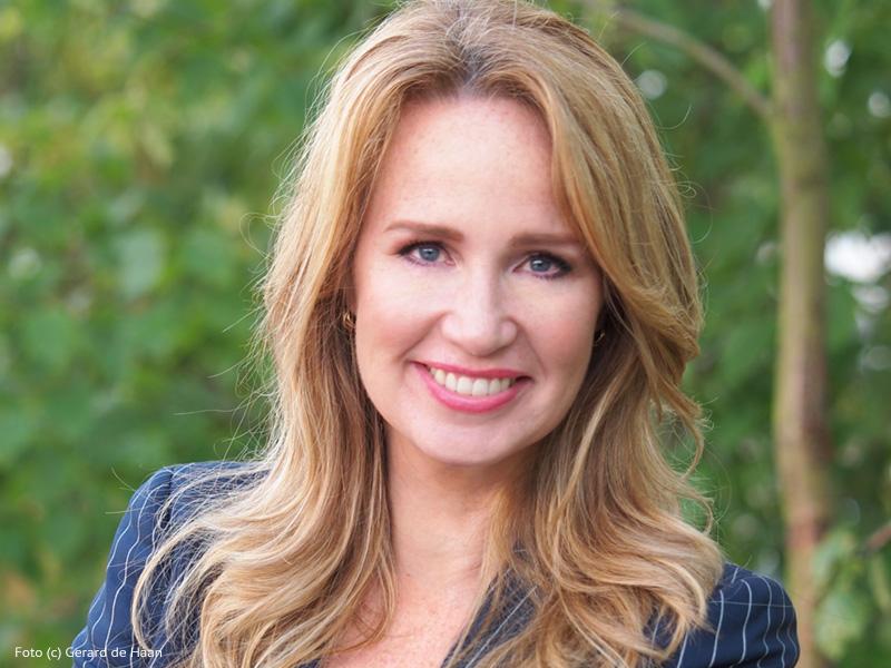Helga van Leur boeken als spreker doet u bij Het Sprekersbureau.